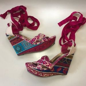Bamboo Floral Wrap Wedges
